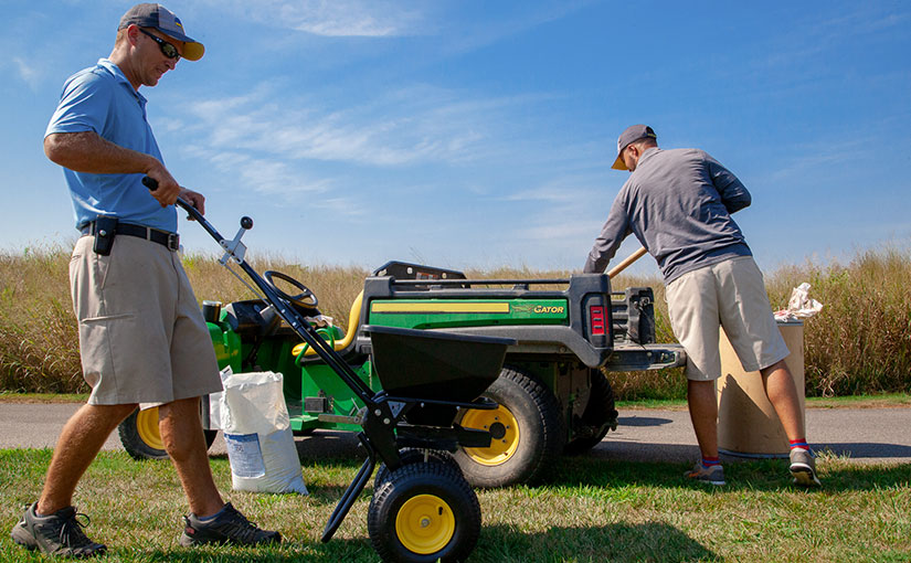 how to hire lawn care employees